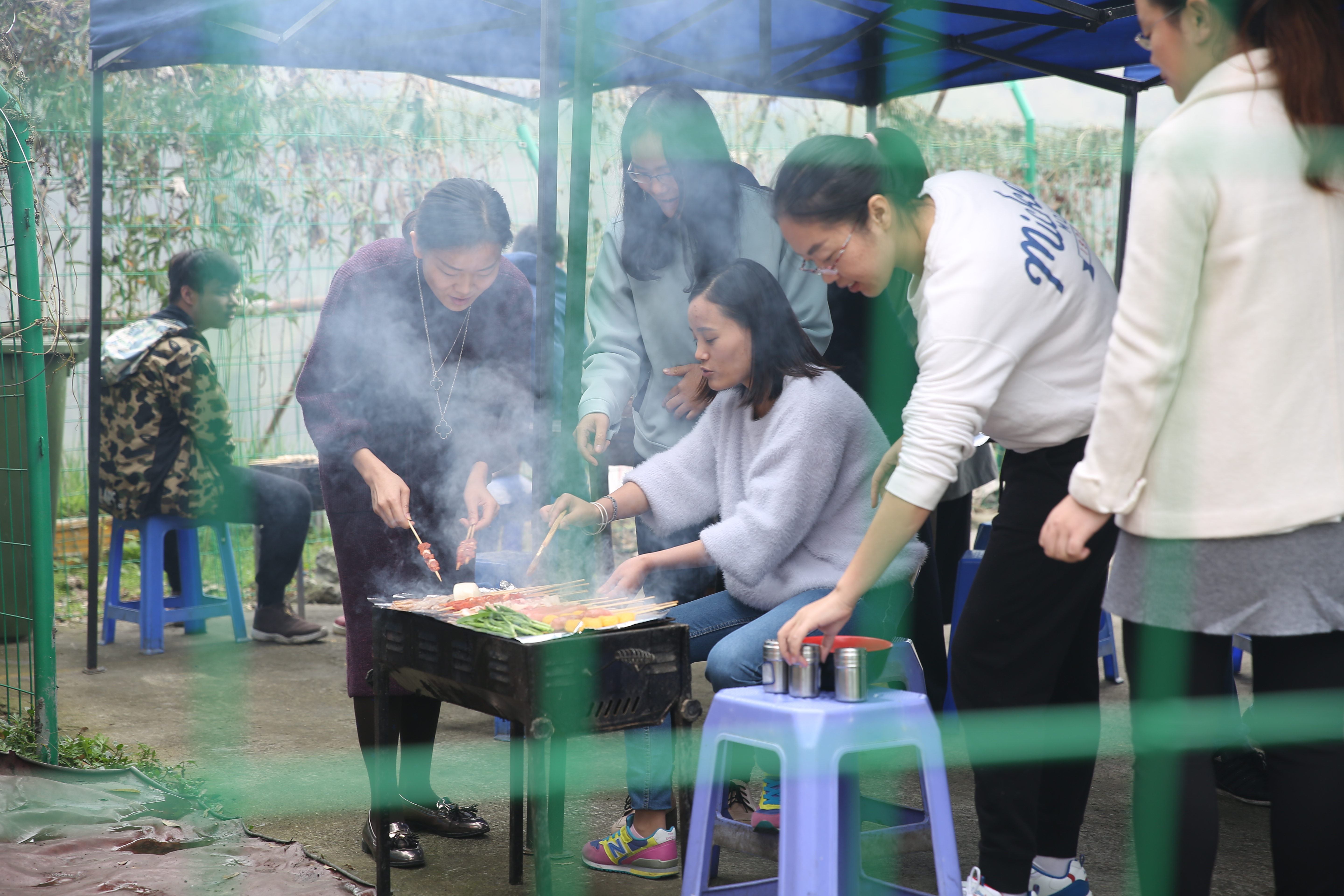 Outdoor barbecue1