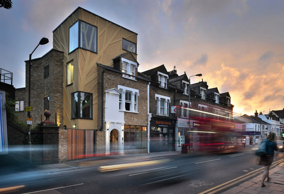 2016 'Project Design of the Year'Award Goes To London Tara Theatre